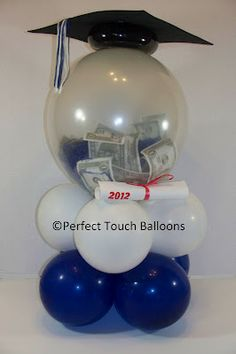 Money Bouquet Discover Forever Memories presents:graduation ballons gift I love this idea for each graduate Graduation Party Themes, Graduation Balloons, Grad Parties, Graduation Ideas, Birthday Balloons, Money Balloon, Balloon Gift, Balloon Centerpieces, Balloon Decorations