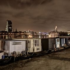 London Houseboats at Chelsea