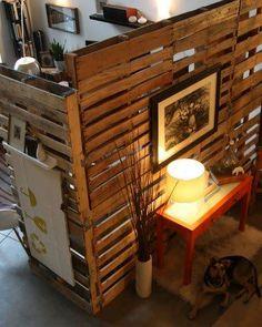 Usa pallets (tarimas) para tus separaciones -  Más ideas: http://www.guatesostenible.com/group/tips-ecologicos/
