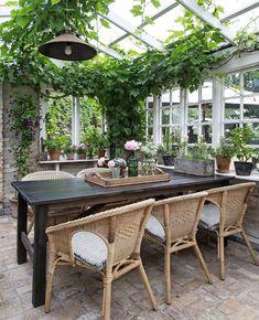 hygee home interiors Backyard Greenhouse, Pergola Patio, Backyard Patio, Pergola Kits, Outdoor Rooms, Outdoor Living, Outdoor Furniture Sets, Outdoor Decor, Outdoor Patios