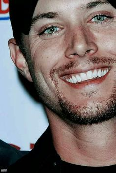 OMG...the eyes! Jensen Ackles