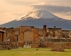 Pompeii >>