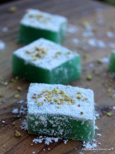 Turkish-Delight-dessert-whatsonthelist