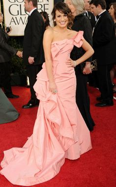 Lea Michele was a vision in pink in Oscar de la Renta at the 2011 Golden Globes