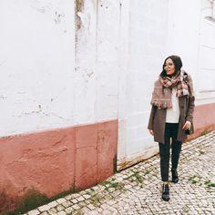 """339 Gostos, 4 Comentários - Paula Taveira (@paulataveira) no Instagram: """"walking on a dream, how can I explain. #tb"""""""