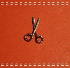 My mini world: Scissors to make