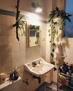 Banheiro magya. Podem vir mijar em casa, tá permitido.