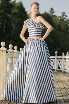 Yulia Prokhorova Cruise Collection - Summer 2014 @Maysociety Kate Middleton, Boho Dress, Dress Up, Dressy Dresses, Maxi Dresses, Cruise Collection, Western Outfits, Indian Designer Wear, Fashion Dresses