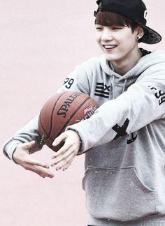 Suga always with a basketball. ♡