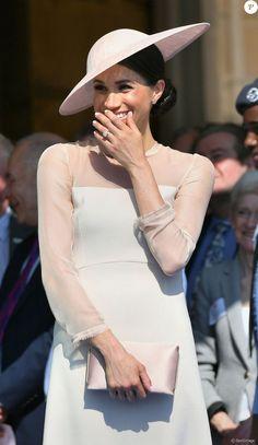 La duchesse Meghan de Sussex le 22 mai 2018 à une garden party organisée dans les jardins de Buckingham Palace dans le cadre des célébrations du 70e anniversaire du prince Charles. A cinq mois de la date (14 novembre 2018), le rassemblement honorait ses patronages, associations et rôles militaires.