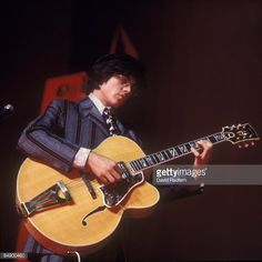 Larry Coryell with Super Larry Coryell, Jazz Guitar, Rock Stars, Musicians, Music Instruments, Life, Music, Musical Instruments, Music Artists