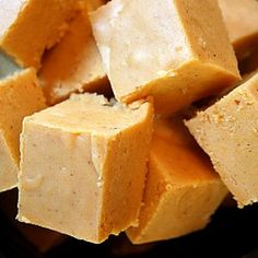 Pumpkin Fudge | foodraf