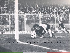Tantissimi auguri al mitico Sergio Girardi  (Belfiore, 26 marzo 1946)  ⚽️ C'ero anch'io ... http://www.tepasport.it/ 🇮🇹 Made in Italy dal 1952