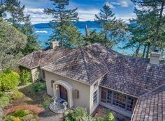 View 25 photos of this $849,000, 2 bed, 2.0 bath, 2190 sqft single family home located at 688 Shoreland Dr, Lopez Island, WA 98261 built in 1991. MLS # 1097042.