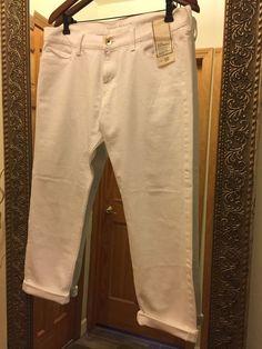 Banana Republic Slim Boyfriend Jeans White Size 30 Made in Sri Lanka $89.5 #BananaRepublic  #SlimBoyfriend #BananaRepublic #SlimBoyfriend #BananaRepublic #SlimBoyfriend #BananaRepublicJeans #BananaRepublicWomens #White Jeans #Size30 #Womens #WomensJeans #SlimJeans #BoyfriendJeans