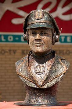 Captain 11 | 2011-2012 | Visit Sioux Falls