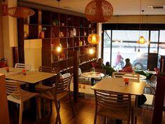 Doblecrema Café: Tómate un rico café frente a los jardines del Templo de Debod