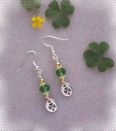 Classy earrings for St.Patrick Day and nice enough to wear year round! Kit includes all the beads and photo instructions. How easy and fun.