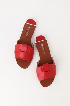 The perfect shoe for all of your favorite summer looks is the Lorinda Red Slide Sandals! Smooth vegan leather forms a wide crisscrossing peep-toe upper. Sport Sandals, Slide Sandals, Flat Sandals, Sandal Heels, Animal Print Flats, Dressy Sandals, Fancy Shoes, Women's Shoes