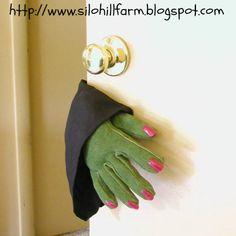 DIY Witch Hand