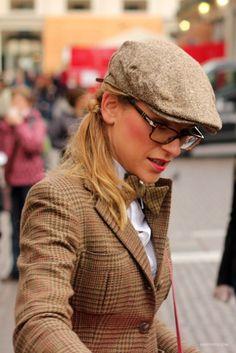 Tweed nerdy style!
