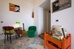 Mad in Ballarò B&B and Design, your accomodation in the heart of Palermo, Sicily. Living and breakfast room #palermo #sicily #bedandbreakfast #breakfastincluded #livingroom #travel #accomodation #italy