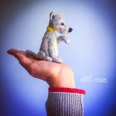 #felting Felt Dogs, Felting, Parrot, Lamb, Bird, Animals, Parrot Bird, Animais, Feltro