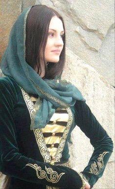 Chechen-girl-chechnya-caucasus-people-chechen-wome by Nabium