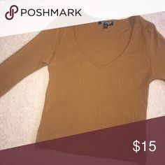 V neck ribbed log sleeve top Top shop size 2 trendy color Topshop Tops Tees - Long Sleeve