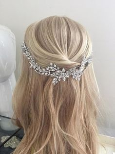 Dramatic and romantic, the Florella crystal wedding hair piece was designed with the glamorous bride in mind. Featuring individually set Swarvoski crystals