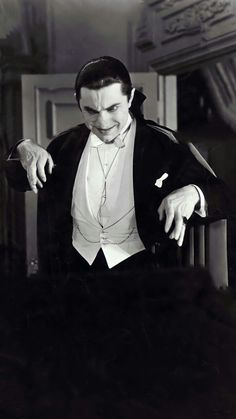 Classic Horror Movies, Classic Movie Stars, Lugosi Dracula, Famous Monsters, Mad Men, Werewolf, Vampires, Science Fiction, Gothic