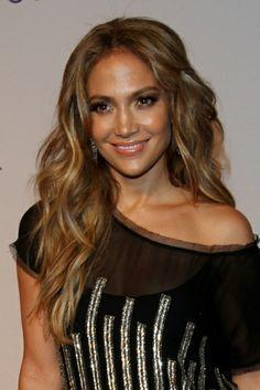 Jennifer Lopez - love these layers Jennifer Lopez, Summer Hairstyles, Pretty Hairstyles, Strawberry Blonde, Human Hair Extensions, Hair Dos, Dark Hair, Light Hair, Gorgeous Hair