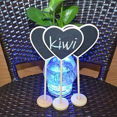 Mini lavagna in legno multi uso da utilizzare come segnaposto per matrimoni, feste, eventi. Superficie scrivibile con gesso o pennarelli gesso