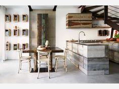 Industrial Home in Milan - Kate Young Design Interior Design Kitchen, Kitchen Decor, Italian Home, Rustic Italian, Industrial House, Industrial Furniture, Dining Room Sets, Dining Area, Elle Decor