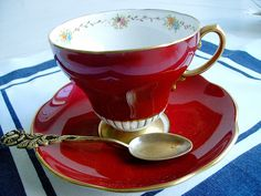 a red cup of tea