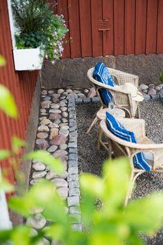 Lägga sten utmed grunden (via Bloglovin.com )