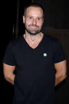 Les Miz Welcomes Alfie Boe, Montego Glover and Alex Finke to the Barricades! Curtain Call and Post-Show Reception - Photo - Playbill.com