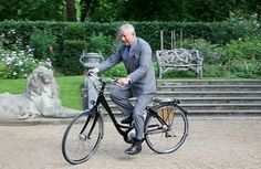 royalty go out riding  Google Image Result for http://positivenews.org.uk/wp-content/uploads/2011/08/prince-bike-385x250.jpg%3F687462