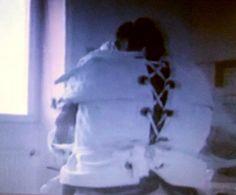 https://flic.kr/p/V3sF7a   Woman in psychiatry in a  Straitjacket Restraint,Frau in einer Psychiatrie Zwangsjacke Fixiert,Krankenschwester,Nurse,Akutpsychiatrie,Patienten-Fixierung