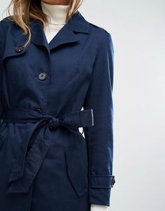 Vero Moda Classic Trench Jacket Soft-touch twill  Fully lined  Shoulder epaulettes  Notch collar  Button placket  Removable belt tie  Functional pockets  Regular fit - true to size  Machine wash  80% Polyester, 20% Cotton