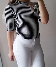https://www.vinted.pl/damska-odziez/koszulki-z-krotkim-rekawem-t-shirty/12321237-polgolf-crop-top-bluzka-golfik-paski-minimalistyczna-must-have-golf