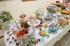 Brunch in Wonderland Isabela & Amir 15.Out.2016. Mesa de doces.