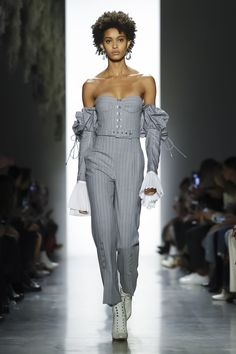 Jonathan Simkhai Ready to Wear Fall Winter 2018 New York #JonathanSimkhai #NFW #newyorkfashionweek #readytowear #runway #fashion