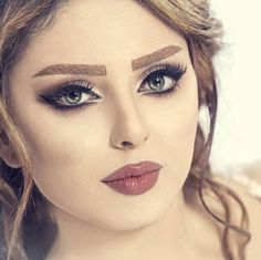 Beauty Tips For Hair, Beauty Make Up, Beauty Hacks, Sexy Makeup, Makeup Looks, Face Makeup, Stylish Girls Photos, Makeup For Green Eyes, Bridal Make Up