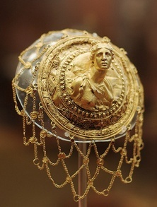 Gold hairnet to go over bun, with an image of Diana, the Roman version of the goddess Artemis. Helenistic era, about 350 BCE, National Archaeological Museum of Greece.