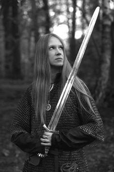 "Maria Archipova (""Masha Scream"") promoting an album for her band Arkona. Female Armor, Female Knight, Medieval, Scream, Spartan Women, Shield Maiden, Armada, Metal Girl, People"