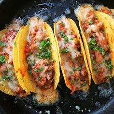 Give your taco night an Italian twist with these sausage pizza tacos.