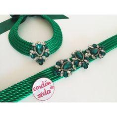 Tutulia verde Rope Jewelry, Fabric Jewelry, Craft Accessories, Fashion Accessories, Bracelet Making, Jewelry Making, Diy Belts, Diy Jewelry Projects, Lesage