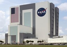 Vehicle Assembly Building, Launch Control Center on the right hand side, J.F.K. Space Center [NASA], Florida, U.S.A., 2011. photo: Vincent Fournier