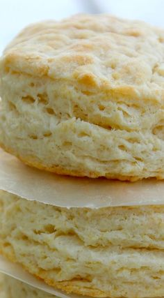 Hypoallergenic Pet Dog Food Items Diet Program Copycat Kfc Biscuits Recipe Light, Flaky And Buttery. What's more, Ready In 20 Minutes. Homemade Biscuits, Buttermilk Biscuits, Blueberry Biscuits, Tea Biscuits, Biscuit Bread, Kfc Biscuit, Gateaux Cake, Restaurant Recipes, Recipes Dinner